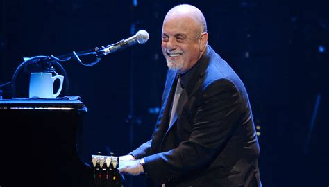 Watch These Billy Joel Videos & Sing Along On Tour