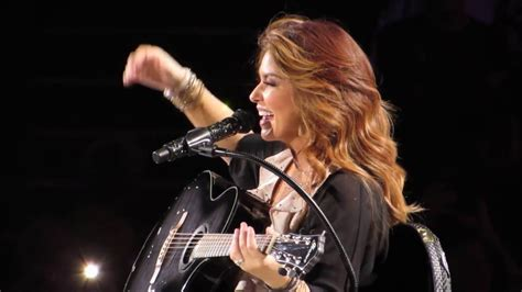 Shania Twain - You're Still The One - (NOW Tour Fan Video