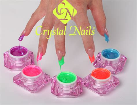 #summer #nails #neon (Crystal Nails color gel 620; 624