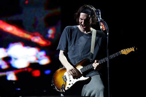 Red Hot Chili Peppers Play Final Show With Josh