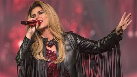 Shania Twain Plots Another Tour Extension and Las Vegas