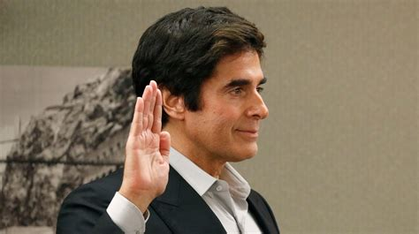 Famous illusionist David Copperfield breaks magician's
