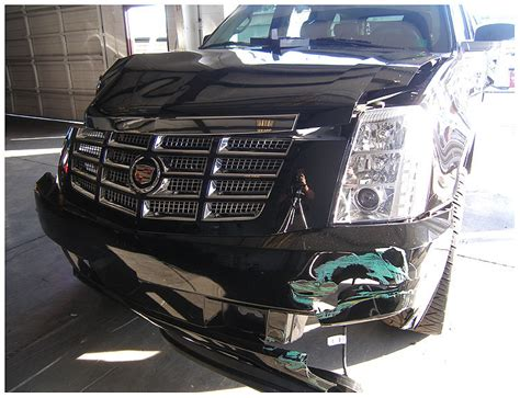 Tiger Woods Car Crash PHOTOS: Police Pictures Show SUV