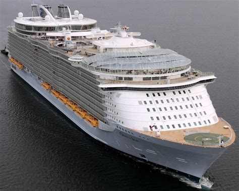 Oasis Of The Seas Itinerary, Current Position and Review