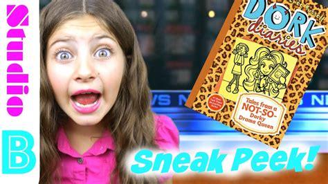 Dork Diaries 9 Tales From a Not-So-Dorky Drama Queen Sneak