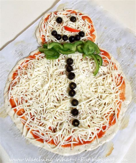Watching What I Eat: Easy Homemade Snowman Pizza