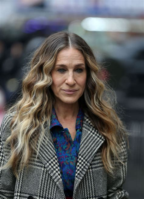 SARAH JESSICA PARKER on the Set of Divorce in New York 01