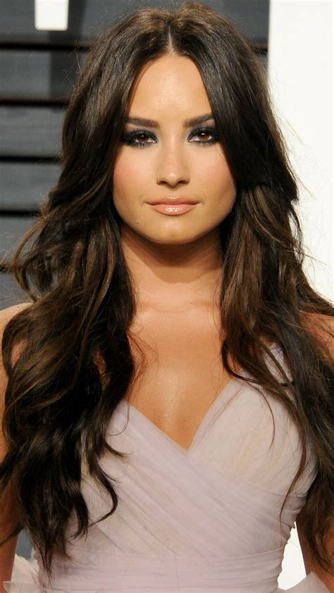 Demi Lovato Suffering Overdose Side Effects, Remains in