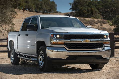 2017 Chevrolet Silverado 1500 Reviews and Rating | Motor Trend